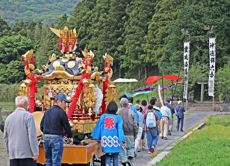 鏡⼭⼤神社 神幸祭