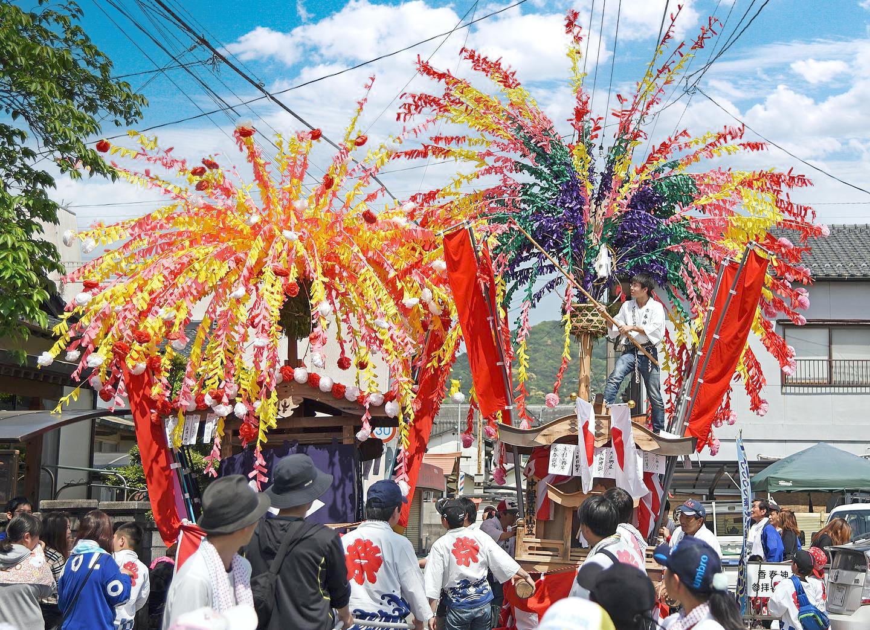 ⾹春神社 神幸祭