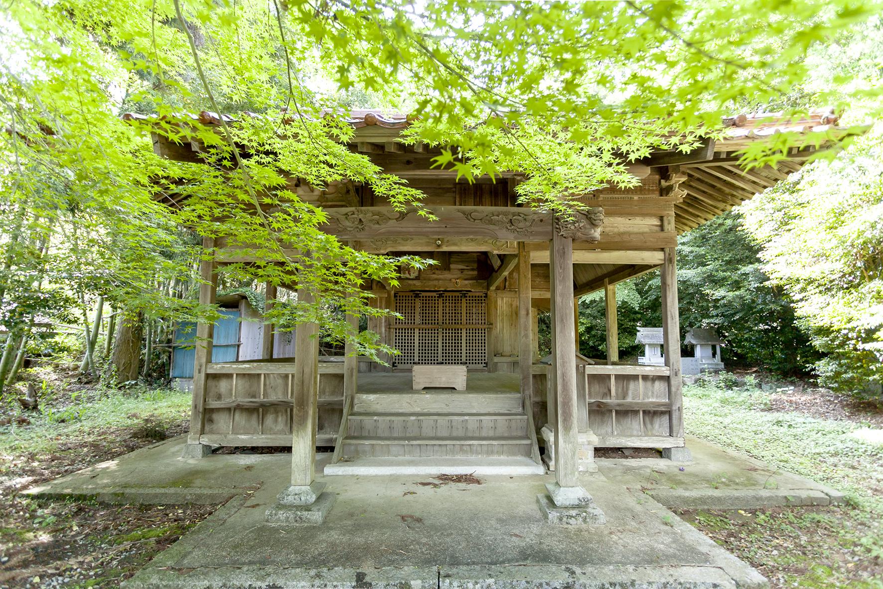 現⼈神社(お申様)