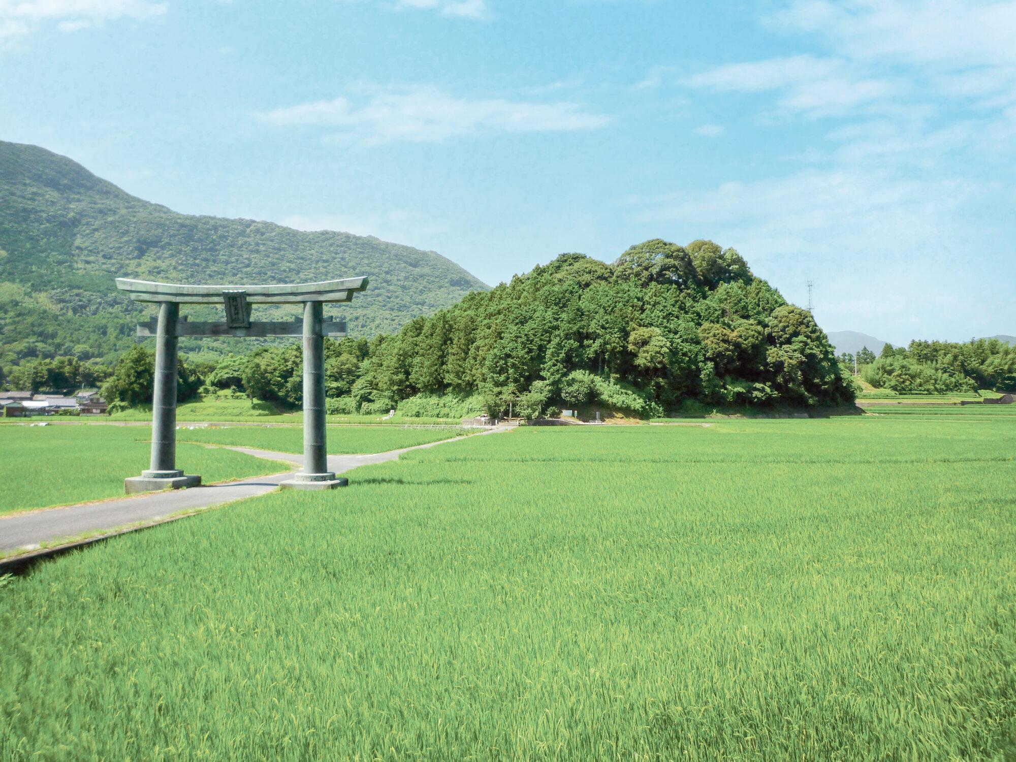 鏡⼭⼤神社