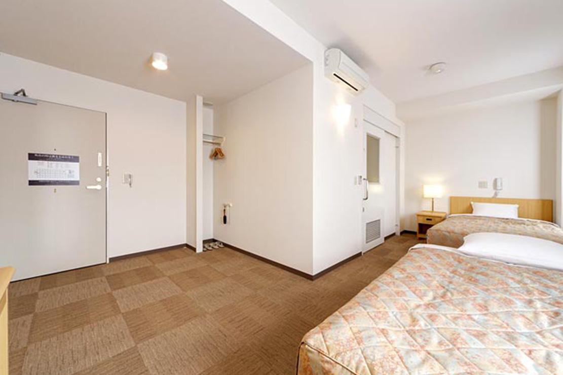 HOTEL AZ 福岡香春店